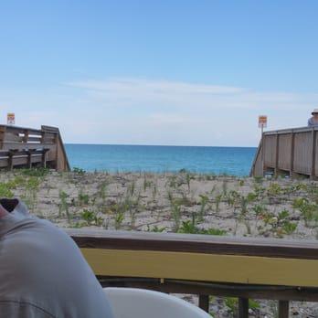 Shuckers Island Beach Resort
