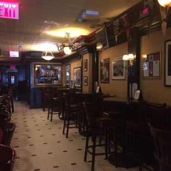Hurley s 63 photos 142 reviews pubs 232 w 48th st for Elite food bar 325 east 48th street