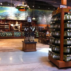 Bass pro shops outdoor world sporting goods donelson for Bass pro shop fly fishing