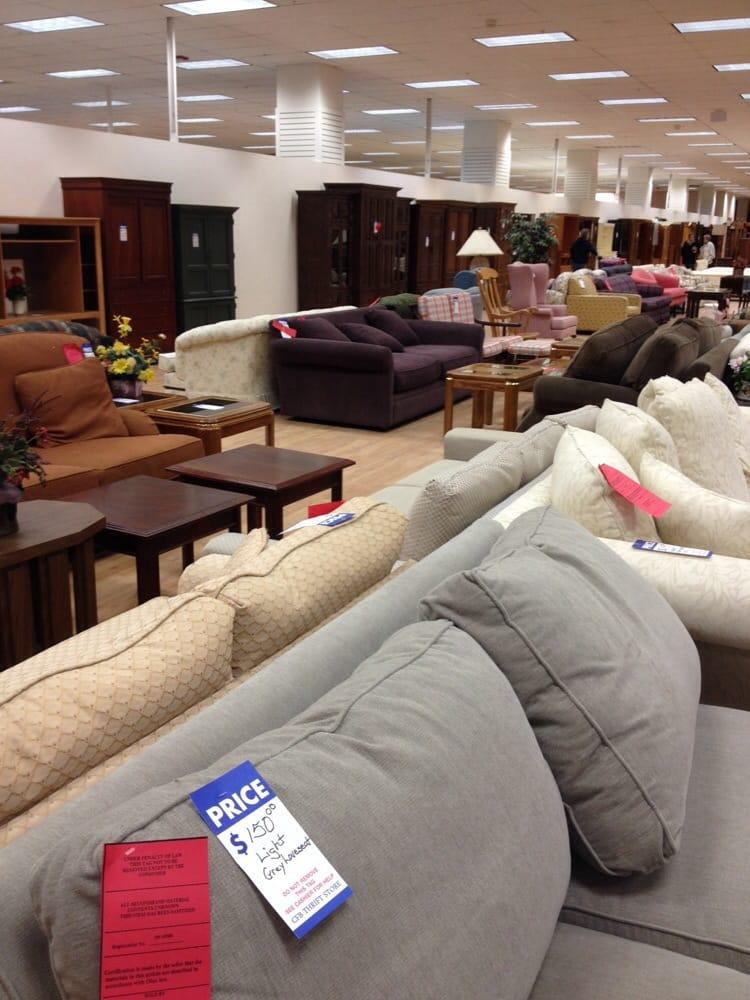 Cleveland Furniture Bank Andrahandsaff Rer Middleburg Heights Oh Usa Recensioner Foton