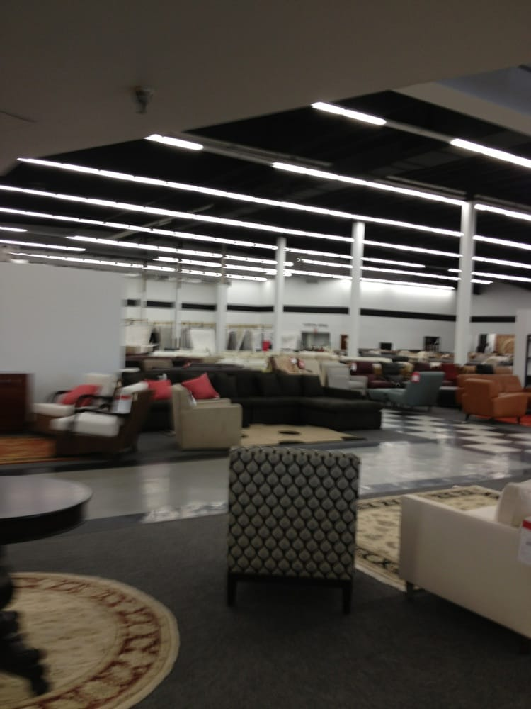 Bloomingdale S Furniture Outlet Closed Furniture Stores Hawthorne Ny Reviews Photos