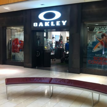 Oakley Stores In Texas