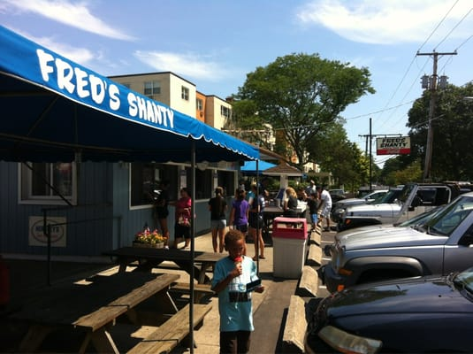 Fred s shanty restaurant new london ct united states for Fred s fish fry