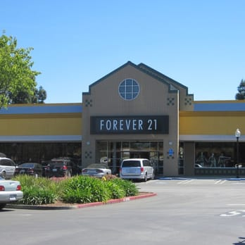 Forever 21 - Gilroy, CA, United States. Storefront. Located in the ...