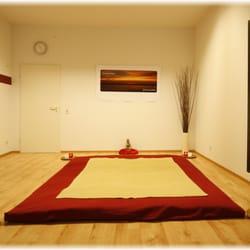 Raum für Stille-Gedanken-Pause-Fühlen!