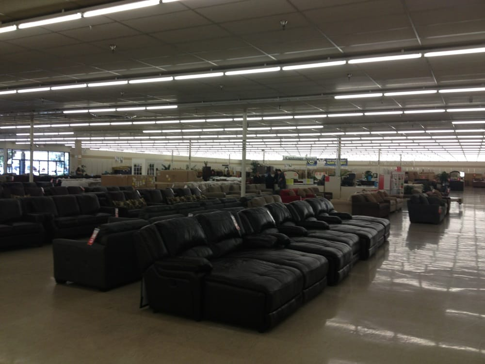 Looking for a great prices on JCPenney living room furniture? We've found the best new deals from around the web.
