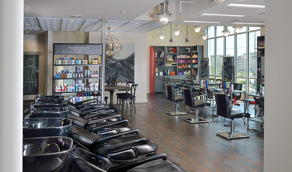 White salon 40 photos hairdressers fourth ward for 4th street salon
