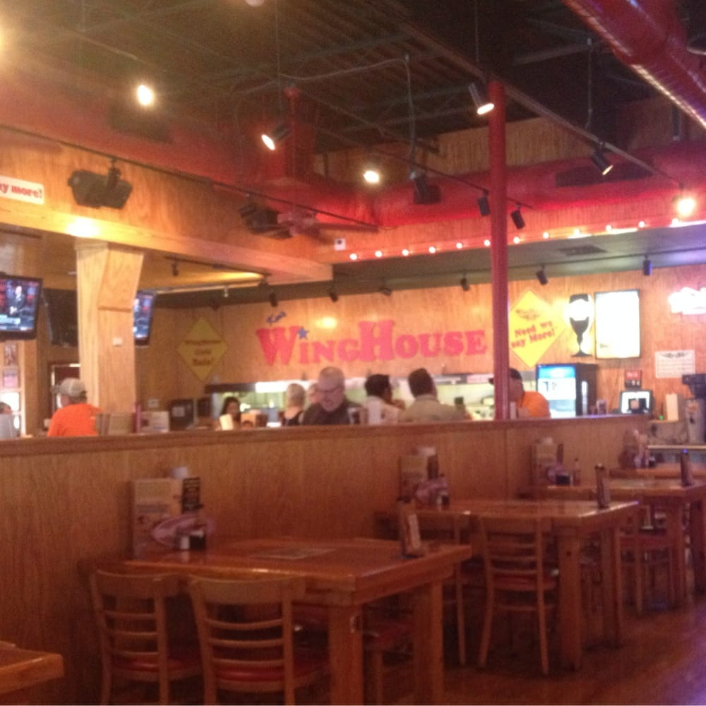 Winghouse bar grill 13 photos sports bars lakeland fl united states reviews yelp - Dining kers ...