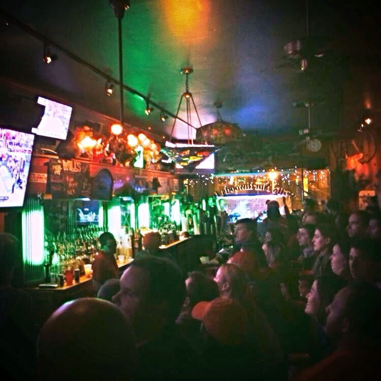 Will's Northwoods Inn - Chicago, IL, United States. All eyes on Wisconsin basketball.