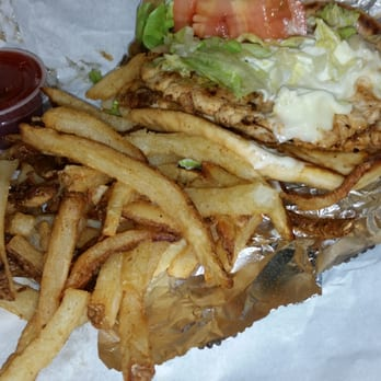 Red snapper fish chicken fast food hyde park chicago for Chicago fish and chicken menu