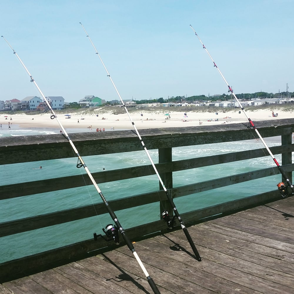 Bogue inlet fishing pier 13 photos fishing emerald for Public fishing near me