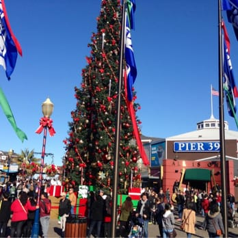 Pier 39 Pier 39 Christmas Tree San Francisco Ca