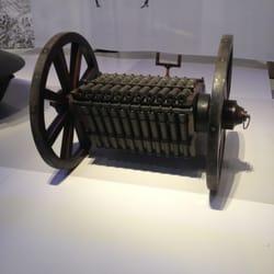 Canons en orgue rotatif