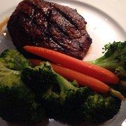 Trancas Steakhouse - Napa, CA, États-Unis. Sirloin with extra veggies