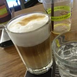 Coffee Fellows - Stuttgart, Baden-Württemberg, Allemagne. Latte and...