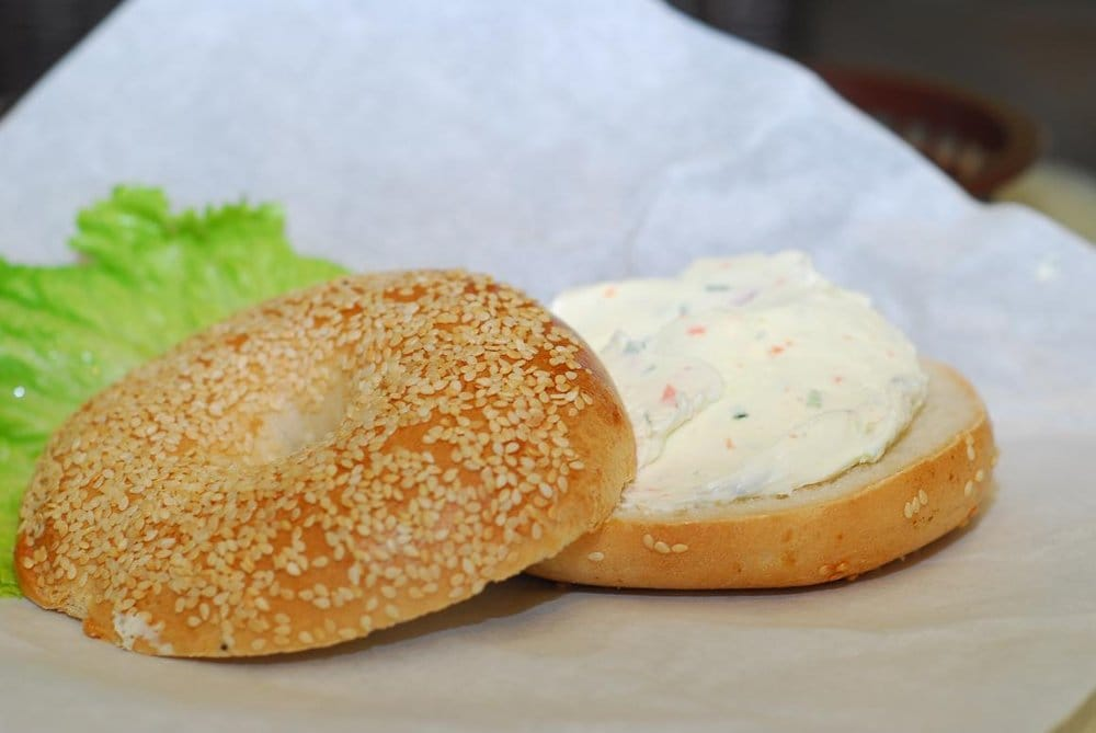 Sesame Seed Bagel With Garden Vegetable Cream Cheese Yelp