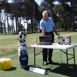 Ross Kroeker - Golf Instruction - Salinas, CA, États-Unis. Ross uses high speed video & a daylight readable screen in his lessons.  A video lesson summary is provided for internet dwnld.