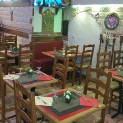 Falafel Byblos - Grenoble, France. Le look