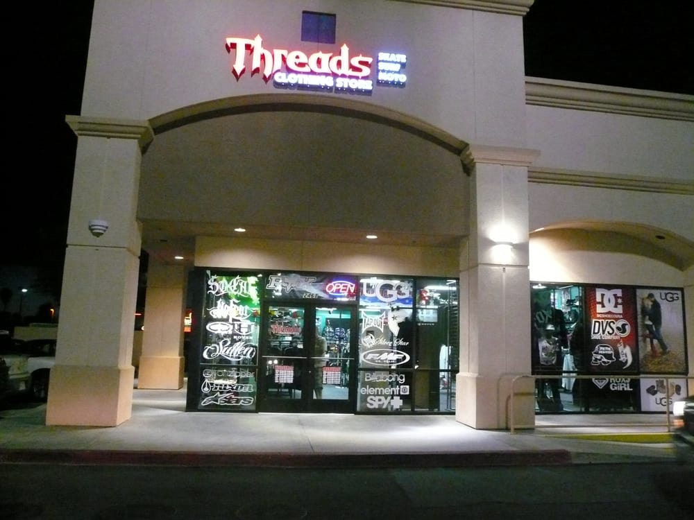 Threads Clothing Store - Hemet, CA, United States. Come on in