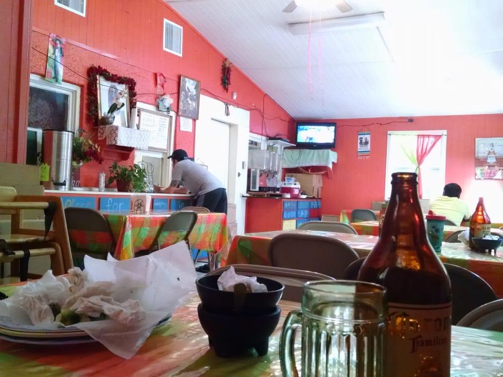 tienda mexicana la moreliana 16 fotos mexikanisches restaurant saint helena island sc. Black Bedroom Furniture Sets. Home Design Ideas