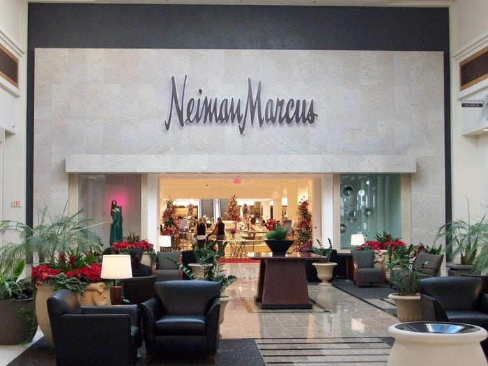 does neiman marcus accept visa on website