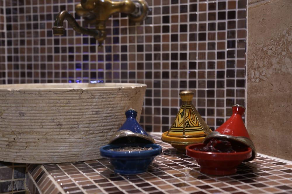 spa des canuts day spa croix rousse lyon frankreich. Black Bedroom Furniture Sets. Home Design Ideas