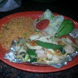 Los Dos Potrillos Mexican Restaurant logo