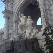 Exploring the palais