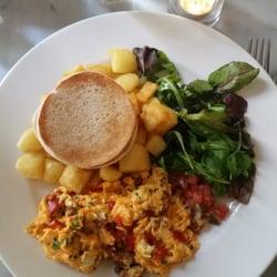 Chorizo and pepper scramble eggs…