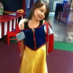 Kidsville PlayTown - Lyric, age 5 - Carlsbad, CA, Vereinigte Staaten