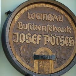 Weinbau und Buschenschank Pötsch, Klosterneuburg, Niederösterreich, Austria
