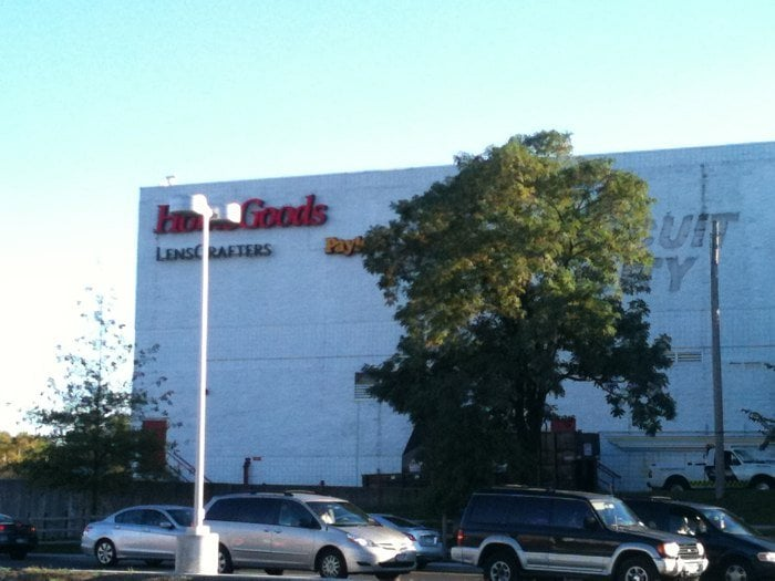 Homegoods department stores yonkers ny united states for Home goods in yonkers