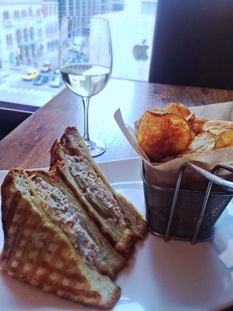 676 restaurant bar 91 photos american restaurants for American cuisine chicago