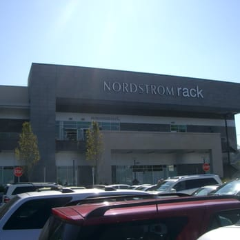 nordstrom rack 27 photos 36 reviews department stores 1040 old country rd garden city