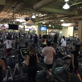 24 hour fitness 79 photos gym northridge for 24 hour tanning salon northridge ca