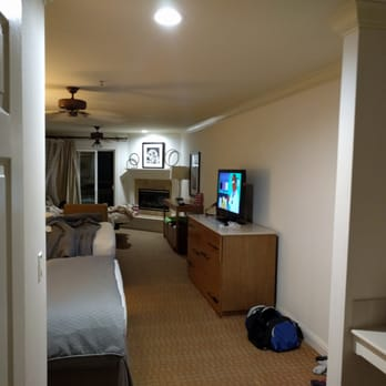 pelican inn suites 123 photos 142 reviews hotels. Black Bedroom Furniture Sets. Home Design Ideas