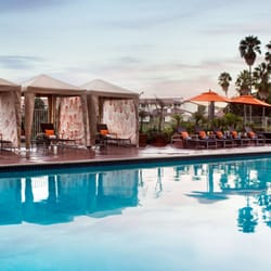Manhattan Beach Marriott - Manhattan Beach, CA, États-Unis. Pool & cabanas
