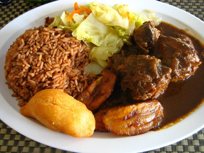 Stew chicken with rice 39 n peas a festival plantains and for Ackee bamboo jamaican cuisine