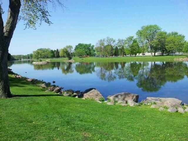 Terrace Park Japanese Gardens Botaniska Tr Dg Rdar Sioux Falls Sd Usa Recensioner