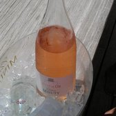 Magnum of rose'