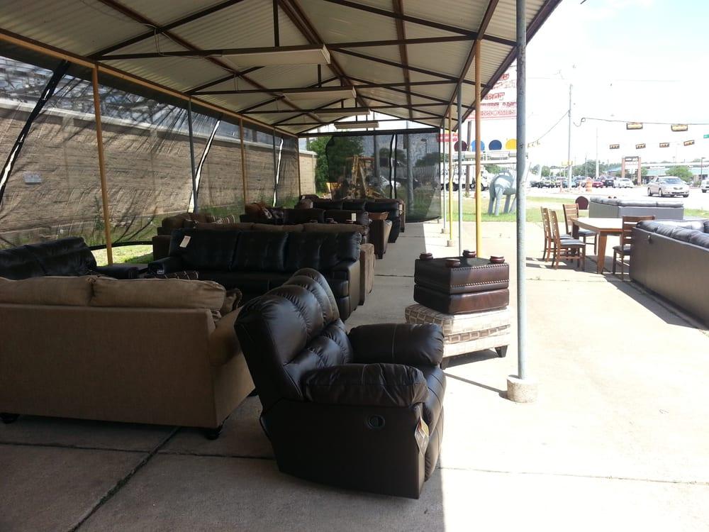 Austin s furniture outlet furniture shops cedar park for Cedar park furniture