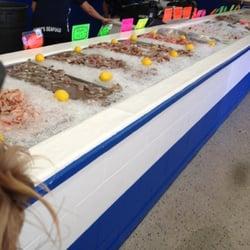 Buddy s seafood market seafood markets panama city for Fish market panama city beach
