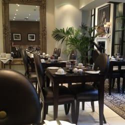 Breakfast (& high tea) room