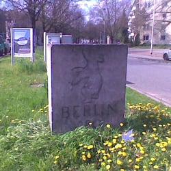 Der Berliner Bär am Anfang der Berliner…