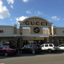 Online clothing stores. Gucci clothing store