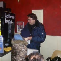Der Berliner Produzent Frank Farenski…