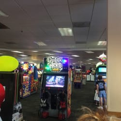 chuck e cheese clearwater