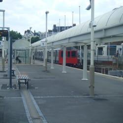 District Line platform