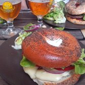 Betty's Bar - Lyon, France. Bagel