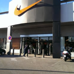 nike factory magasin de sport la valentine marseille photos yelp. Black Bedroom Furniture Sets. Home Design Ideas